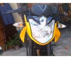 Moto loncin naked 150cc perfectas condiciones