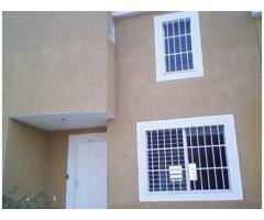 Town House 109mts cuadrados en Urbanizacion privada (Municipio Urdaneta, cúa, Edo. Miranda)