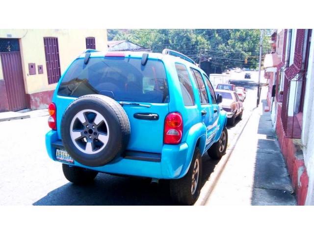 Jeep Cherokee Liberty 2002 4x2 automatica. Mantenimiento al día. - 5/5