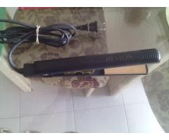 Plancha para cabello marca revlon - Imagen 2/4