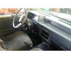 Vendo mi Camioneta Mitsubichi L200 4x2 doble cabina año 98 sin problemas todo en regla
