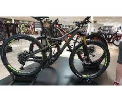 2018 Specialized Stumpjumper Coil Carbon 29/6Fattie $2,500