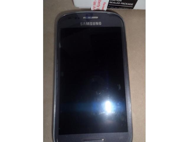 Vendo S3 Mini Tarjeta Lógica Quemada teléfono intacto - 1/1