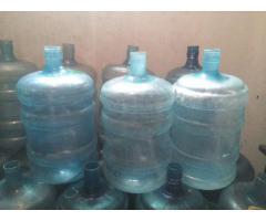 BOTELLONES PLASTICOS VACIOS. USADOS