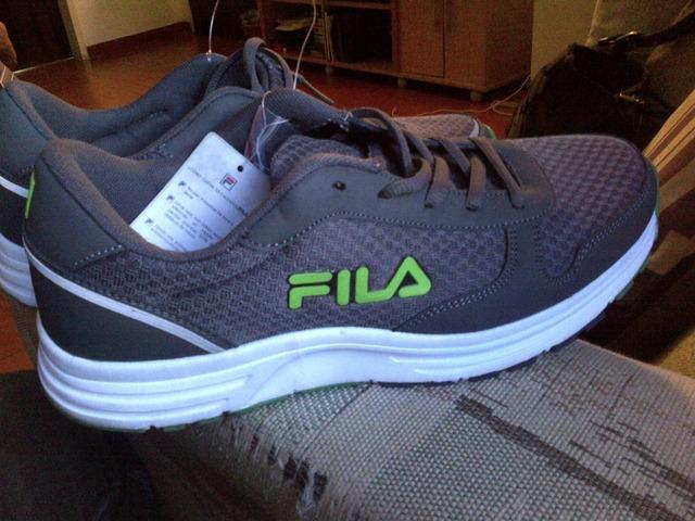 precio especial para diversificado en envases mejor elección Zapatos marca Fila originales.