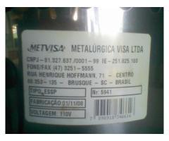 Exprimidor De Jugos, Naranja, Limón (eléctrico 110v) Metvisa - Imagen 4/6