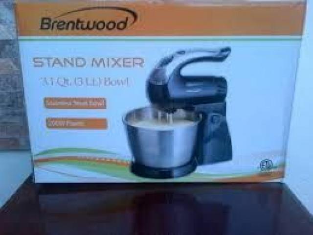 batidora de pedestal    brenwood nueva - 1/1