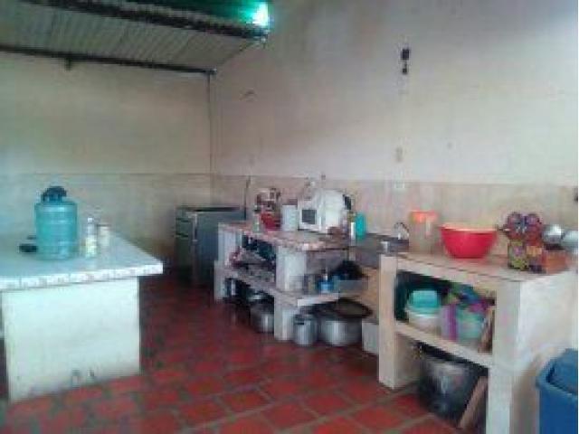 CASA EN EL RECREO SAN FERNANDO DE APURE 0424339936 - 2/6