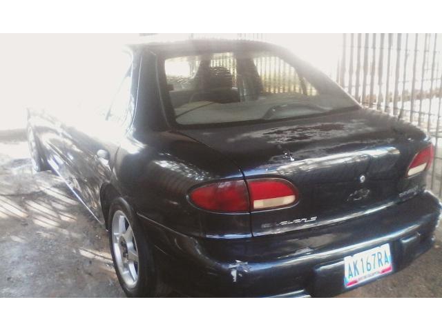 Cavalier automático 1998 Color azul marino. 200.000 kms. Ubicado en Maracaibo - 1/6