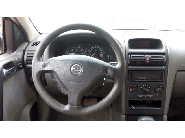 Chevrolet Astra 1.8 - 6/6