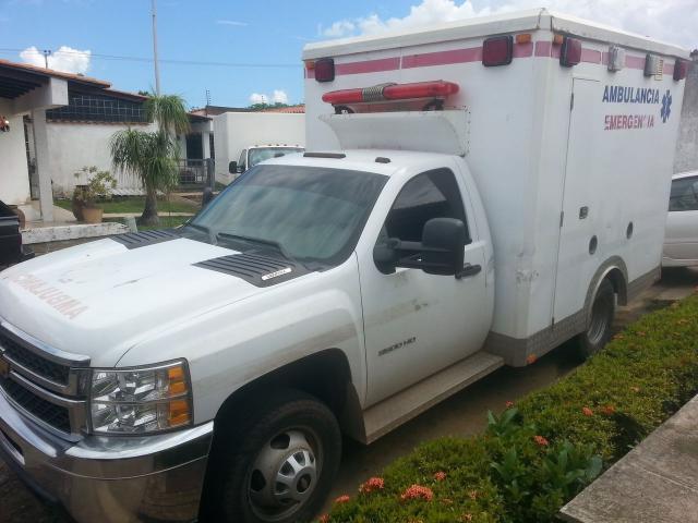 camion silverado 2012 45000klm - 1/5