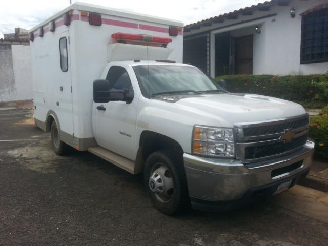 camion silverado 2012 45000klm - 2/5
