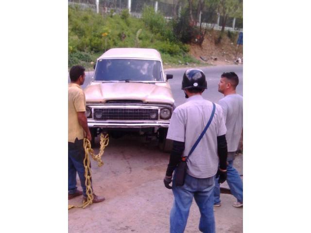 Wagoneer 77 Cambio o Vendo - 4/5