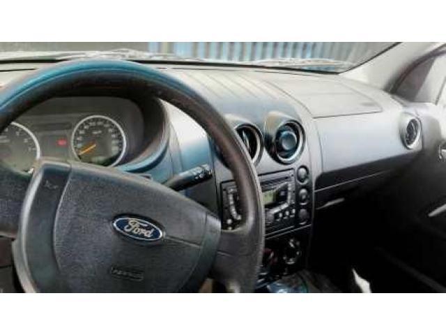 Magnifica Camioneta Ford Ecosport año 2007 - 5/6