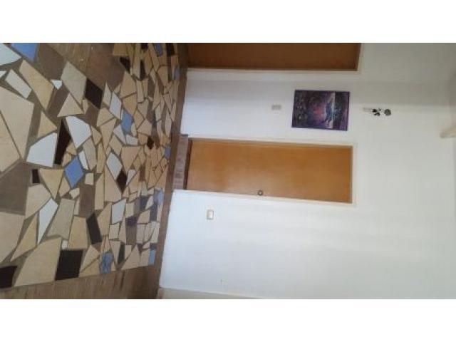 Excelente Quinta en el Hatillo. Cinco (5) habitaciones - 6/6