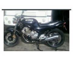 Se vende moto YAMAJA XJ 600