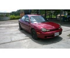 Dodge Neon sedan año 1998 en buenas condiciones