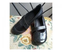 vendo zapato colegiales kickers de niña