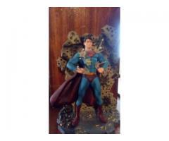 muñecos coleccionables de superman y batman