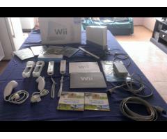 VENDO Wii CHIPIADO COMO NUEVO 2 CONTROLES COMPLETOS / 4 JUEGOS ADICIONALES MANUALES EN SU CAJA