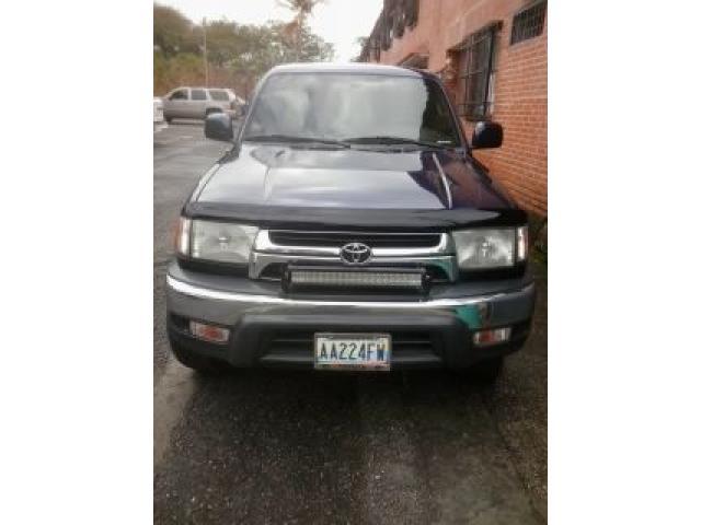 TOYOTA 4 RUNNEN 2001 AUTOMÁTICA 4X2 EXCELENTE $$$ - 1/6