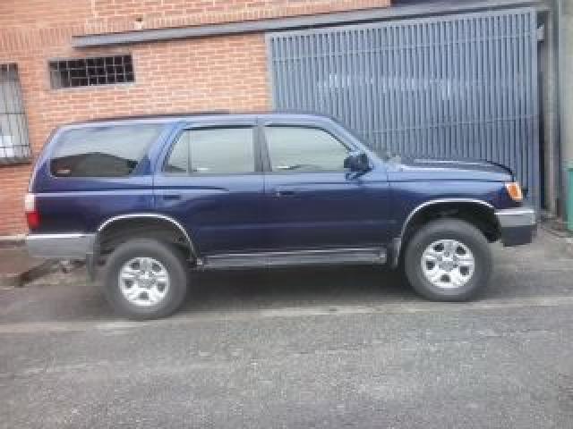TOYOTA 4 RUNNEN 2001 AUTOMÁTICA 4X2 EXCELENTE $$$ - 3/6