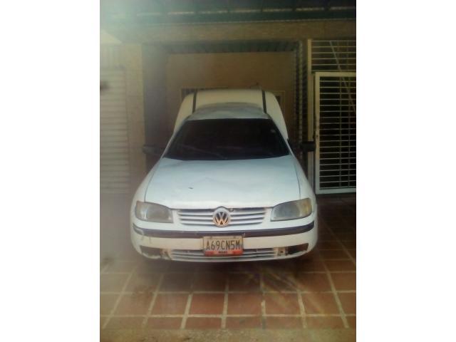 Volkswagen Caddy Ambulancia - Sincronico - 1/4