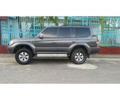Vendo Toyota Prado año 2000