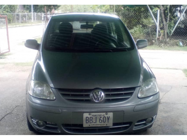 Volkswagen Fox 2005 - 2/5
