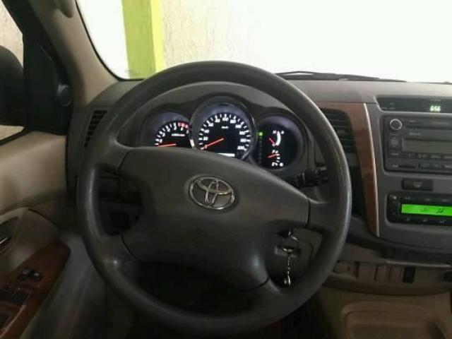 EN VENTA FORTUNER 2011 COMO NUEVA 50MIL KM AUTOMATICA 4X2  NO HAGO CAMBIOS - 4/6