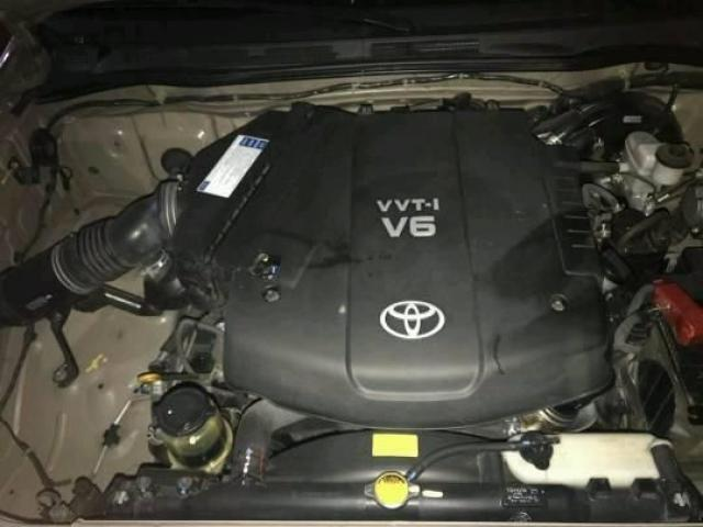 EN VENTA FORTUNER 2011 COMO NUEVA 50MIL KM AUTOMATICA 4X2  NO HAGO CAMBIOS - 5/6