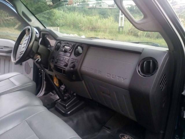 Super Duty Año 2011 4x4 se cambia por Chevrolet NPR. - 4/6