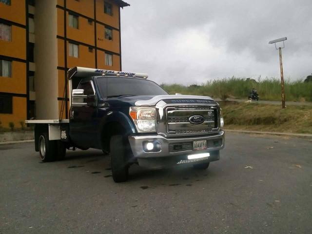 Super Duty Año 2011 4x4 se cambia por Chevrolet NPR. - 6/6