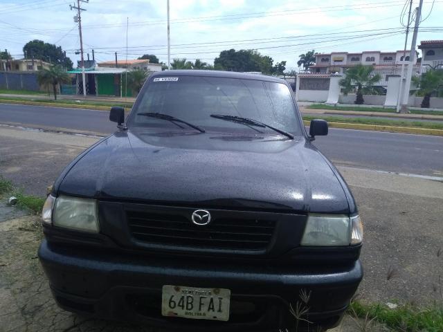 Mazda b2300 - 2/6