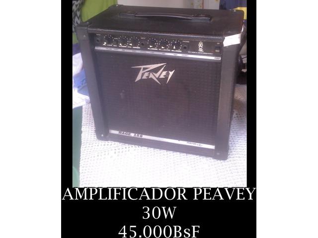 """*AMPLIFICADOR PARA GUITARRA DE 30W Marca: """"PEAVEY"""" EN 45.000BsF - 1/1"""