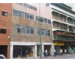 Chacao Edificio y anexos en venta