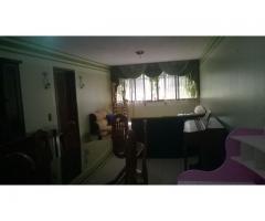 Apartamento en piso bajo en la Rosaleda sur