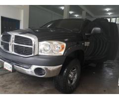 Vehiculo Pickup Dodge RAM 2500