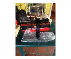 Se vende Amortiguadores de Toyota Corolla 98-01