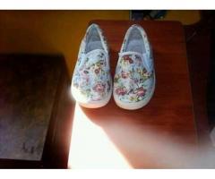 ropa y calzado para niñas