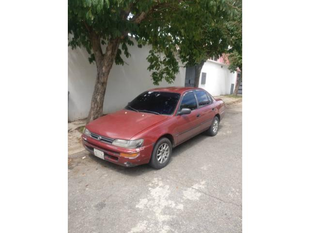 Toyota Corolla 1994 - 1/6