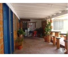 casa  de playa con piscina en chichiriviche edo falcon