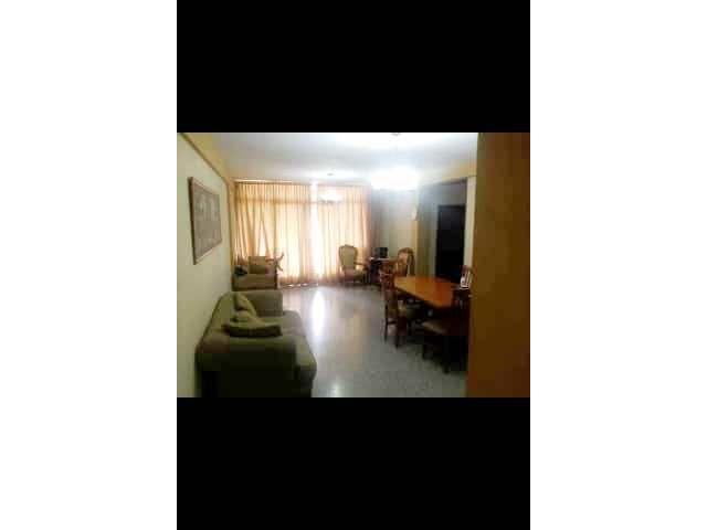 Apartamento en Venta - Av Las Lagrimas - Proponga forma de pago - 1/3