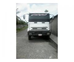 Camion de Carga Pesada IVECO Año 1998