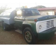 BARATO CAMION FORD 600 CISTERNA AÑO 79