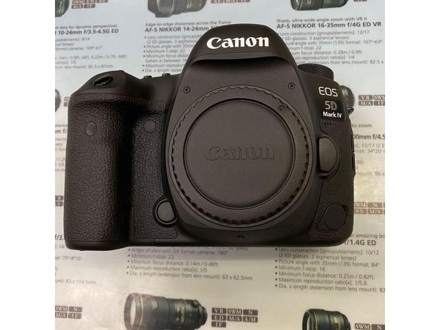 Canon EOS 5D Mark IV camera body - 1/4