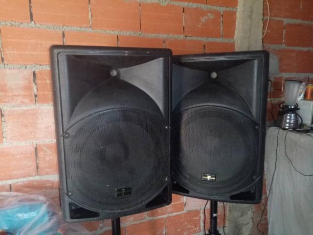 Vendo cornectas amplificada - 5/6