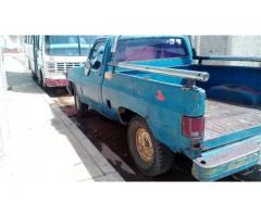 Barata Camioneta Pickup Chevrolet año 84