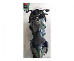 Vendo Kawasaki H2 Ninja  Motor : 1000cc Año : 2015 Km: 14000 - Imagen 4/6