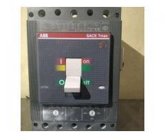 Interruptor Breker Marca Abb Modelo Tmax T5n63 320a